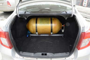 Установка ГБО - баллон в багажнике